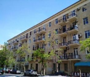дома для вечеринок в Азербайджан: Продается квартира: 3 комнаты, 90 кв. м