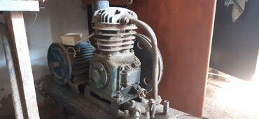 Hava kompressoru 3 faza işlək vəziyyətdə, moyka aparatı omoks 3 faza