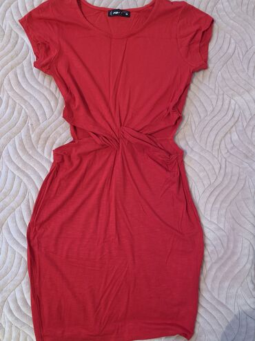 Letnja pamucna haljinica, moze na patike i na stikle
