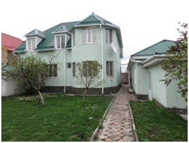 Срочно продам 2-эт. кирпич.дом (211кв.м) в Бишкек