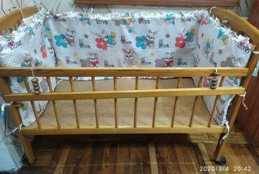 Детская мебель - Бишкек: Продаю б/у детскую кровать,без матраса!