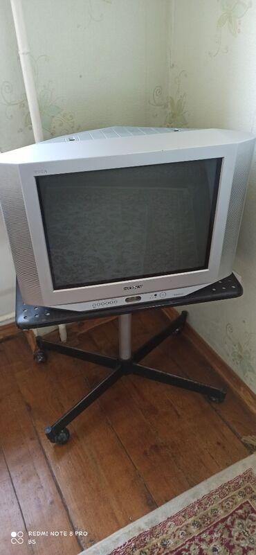 """наушники sony mdr ex155 в Кыргызстан: Продаю в рабочем состоянии телевизор """"Sony"""" с подставкой"""