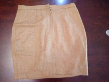 Nova vunena suknja L velicine, nenosena - Vranje