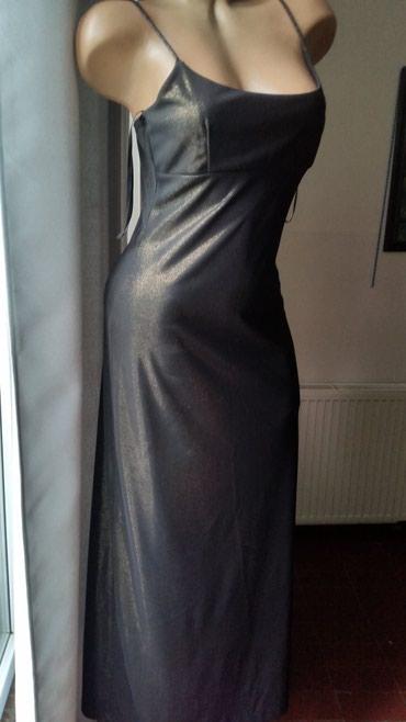 Crna sirena haljina - Srbija: Haljina je kupljena u Americi. Jednom nosena, savrsena.Jednostavnog