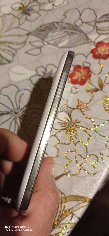 İşlənmiş Samsung Galaxy S4 Mini Plus 16 GB ağ