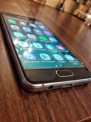 samsung galaxy a5 2015 qiymeti в Азербайджан: Б/у Samsung Galaxy A3 2016 16 ГБ Черный