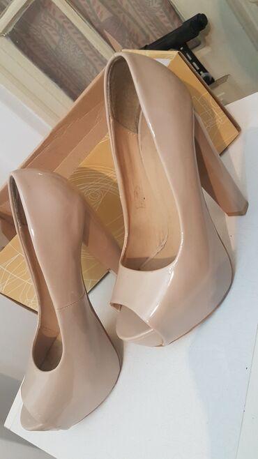 Ženska obuća   Arandjelovac: Zenske cipele, stikle, malo nosene, 38