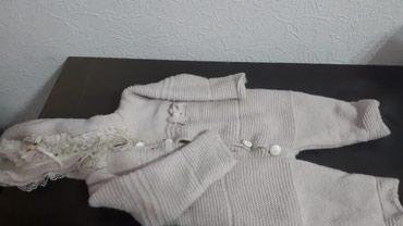 Продаю комбинезон осень-зима 12-18 месяцев, для девочек в Бишкек