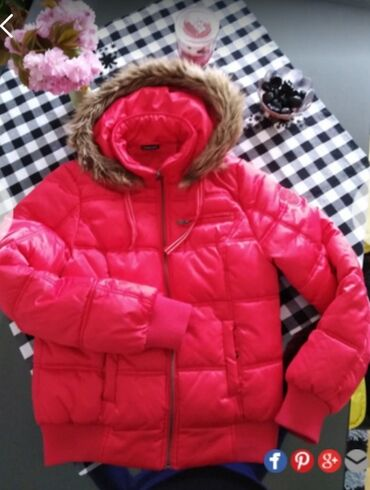 Zimska jakna, kao nova, u odličnom stanju, vel L, par puta nošena