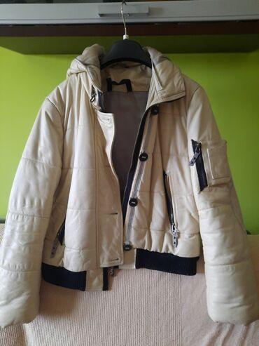 Kratka kožna futrovana zimska jakna