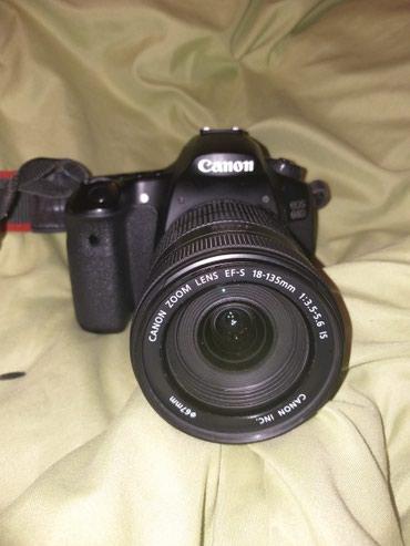 Срочно!Продаю зеркальный фотоаппарат в Бишкек