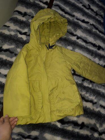 шапка верхняя одежда в Кыргызстан: Куртки,одежды для девочек до 3х лет.В хорошем качестве.По 500,600