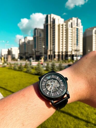 Личные вещи - Кыргызстан: Черные Унисекс Наручные часы Armani