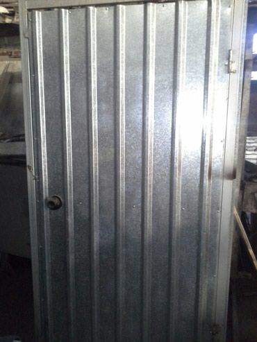 Туалет металический. Для дачи и дома.Размер 1м×1м высота 2.20м. в Бишкек