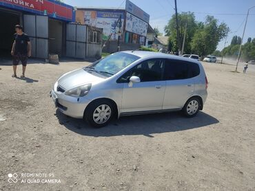Транспорт - Кыргызстан: Honda Fit 1.3 л. 2003