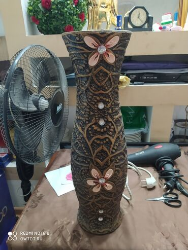 Ваза декоративная 600 сом