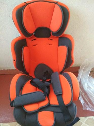 Автомобильное кресло отличное состояние почти новое в Бишкек