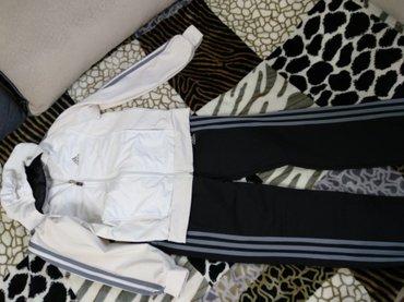 Продаю спортивный костюм оригинал. Отличное состоянии! размер 42-44 в Бишкек