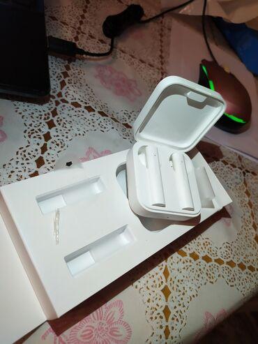 Срочно!!! Продаю беспроводные наушники Mi True Wireless Earphones 2
