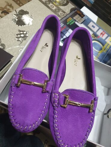 Продаю обувь 37-го размера.Новые,кожа,нубук натуралка.Если заберёте