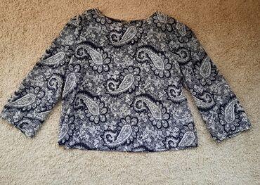Boho crno bela bluza sa sirim rukavima. Može na suknje, pantalone