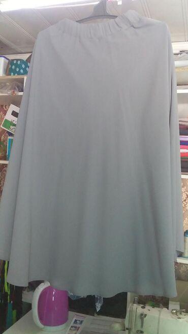 Женская одежда - Джал: Новое. Костюм серого цвета (юбка с кофтой) размер 48. За 500 сом