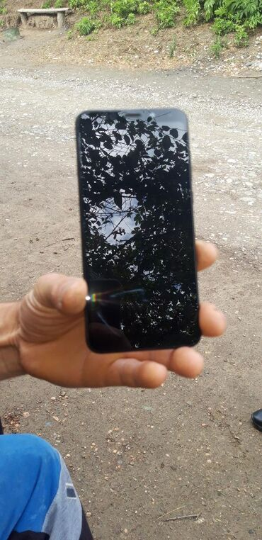 Электроника в Гусар: Xiaomi Redmi 5 Plus 32 ГБ Черный