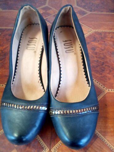 Продаю туфли на платформе 37размера Турецкая качества хорошая 700