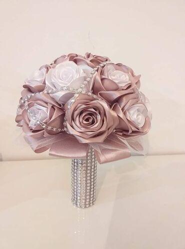 Izrada bidermajera, cvetića za svatove, prstenova za salvete od