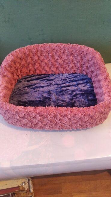 Лежак для кошек и собак, новый, мягкии, удобный.размер 50 на 40