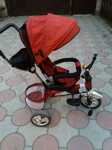 велосипед с детской коляской в Кыргызстан: Продаю детский велосипед в идеальном состоянии 3500