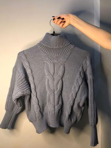 двойка одежда в Кыргызстан: Срочно! Продаются вещи!!!1. Укороченный теплый свитер (также в белом