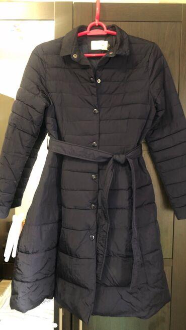 Синяя куртка осенне-весенняя. Размер S-М. 1100 сом