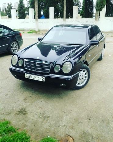 Gəncə şəhərində Mercedes-Benz 220 1999