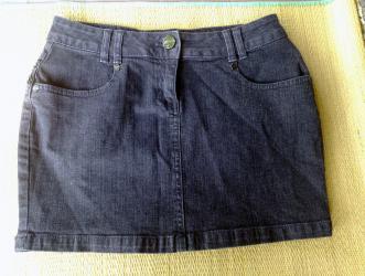 Motivi crna texas suknjica sa perlicama. Velicina - 38