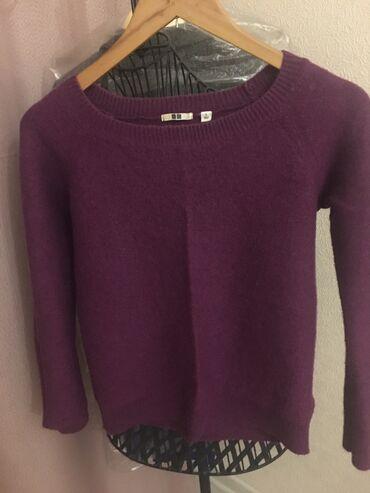 """Продаю абсолютно новый свитер японского бренда «Uniqlo"""", размер s, выр"""