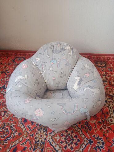 Продаю детскую кресло-подушку, от 6 месяцев незаменимая вещь, чтобы