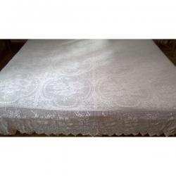 Χειροποίητη διπλή κουβέρτα με βελονάκι και λεπτό νήμα.Διαστάσεις: 2,15