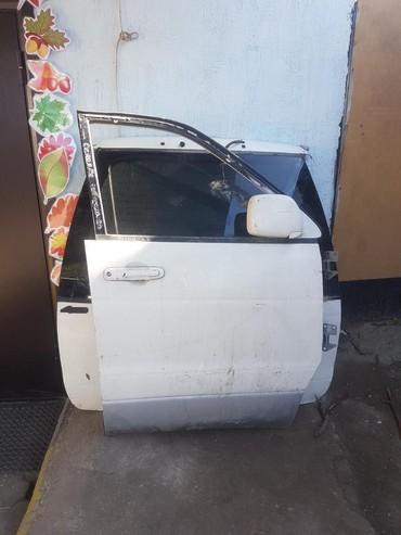 toyota lite ace в Кыргызстан: Продаю водительская дверь на Toyota town ace noah sr40 sr50 lite ace n