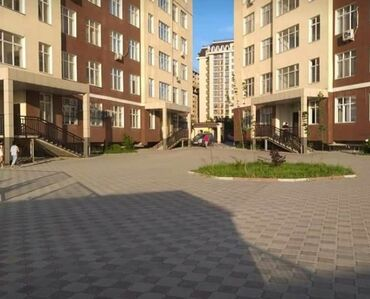 Apartment for sale: 4 bedroom, 107 sq. m