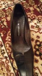 Черные туфли. кожанные. размер:37. фирмы:w. Ld shoes