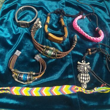 Украшения - колье, браслеты, кольца