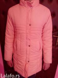 Zimska jakna. Devojcica na slici ima 12god. Jakna duga do kolena, i t - Pirot