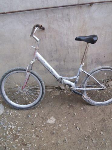 arxa fon - Azərbaycan: 24luk velosipeddi. Arxa kameri diski eyridi,amarizatoru