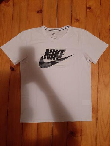 Polo majice - Srbija: NIKE DRI-FIT majica nosena par puta Potpuno ocuvana  9€