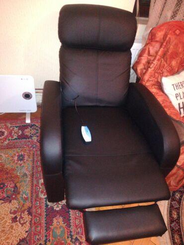 Masažna fotelja ne korišćena, godinu dana garancije