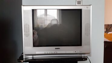 star track tv 43 - Azərbaycan: STAR televizor satılır.Iwlenmiwdir. yeni tv aldigim ucun bunu satiram