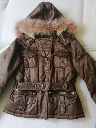 Kvalitetna PHARD zimska ženska jakna, očuvana, kratko nošena, veličina