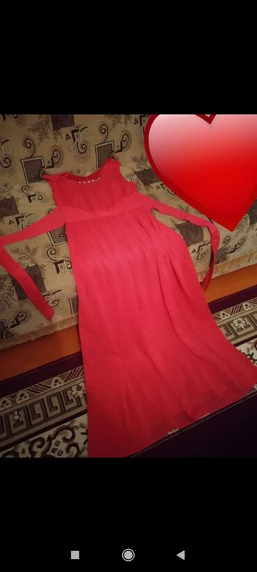 квартиры в балыкчы in Кыргызстан | БАТИРЛЕРДИ САТУУ: Продаю платья новая одевала один раз. Размер S. 44, 46