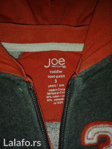 Sivo-narandzasti duks sa kapuljacom,Joe,vel 3,nosen par puta. - Novi Sad